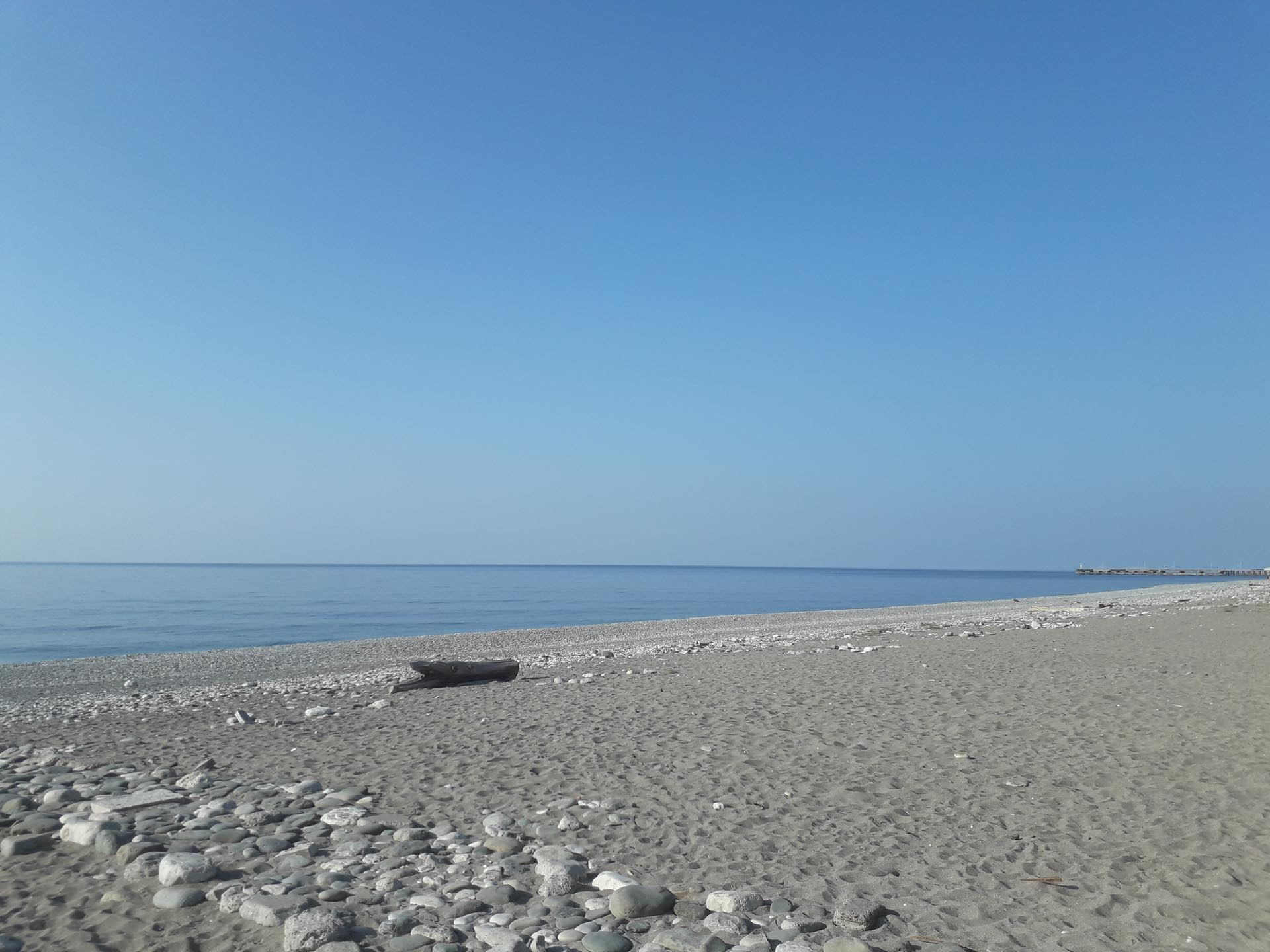 Берег Моря в Абхазии